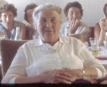 Min oldemor på besøk til min bestefar